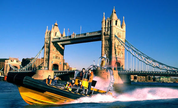 James Bond London Tour with Thames Speed Boat Experience