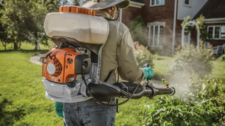 stihl-sr200-2_11224116 copy.png