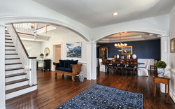 4 Foyer