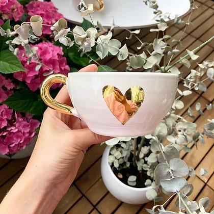 Zlata skodelica s srčkom