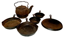 Old Cast Iron Lot sells for over $200