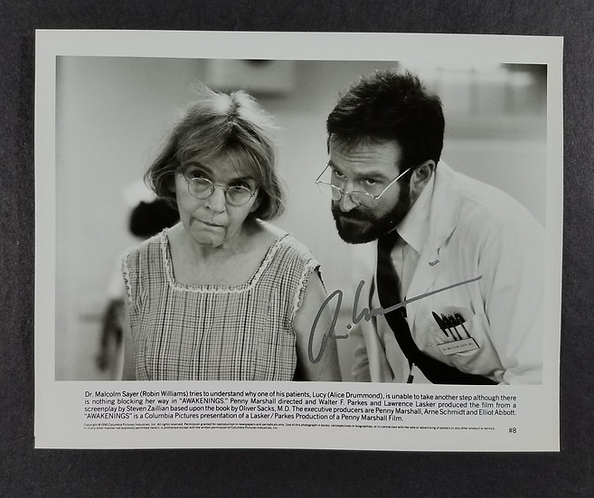 """Robin Williams """"Awakenings""""– signed by Robin Williams promotional 8 by 10 photo"""