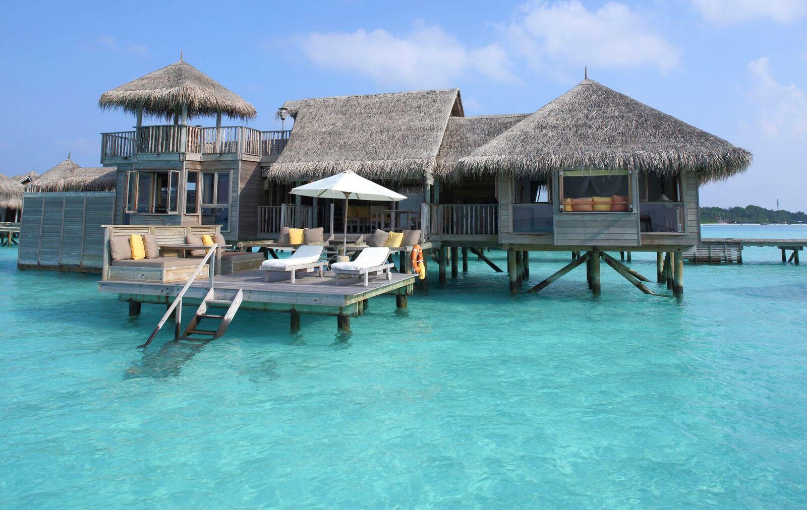 Lagoon Villa Exterio