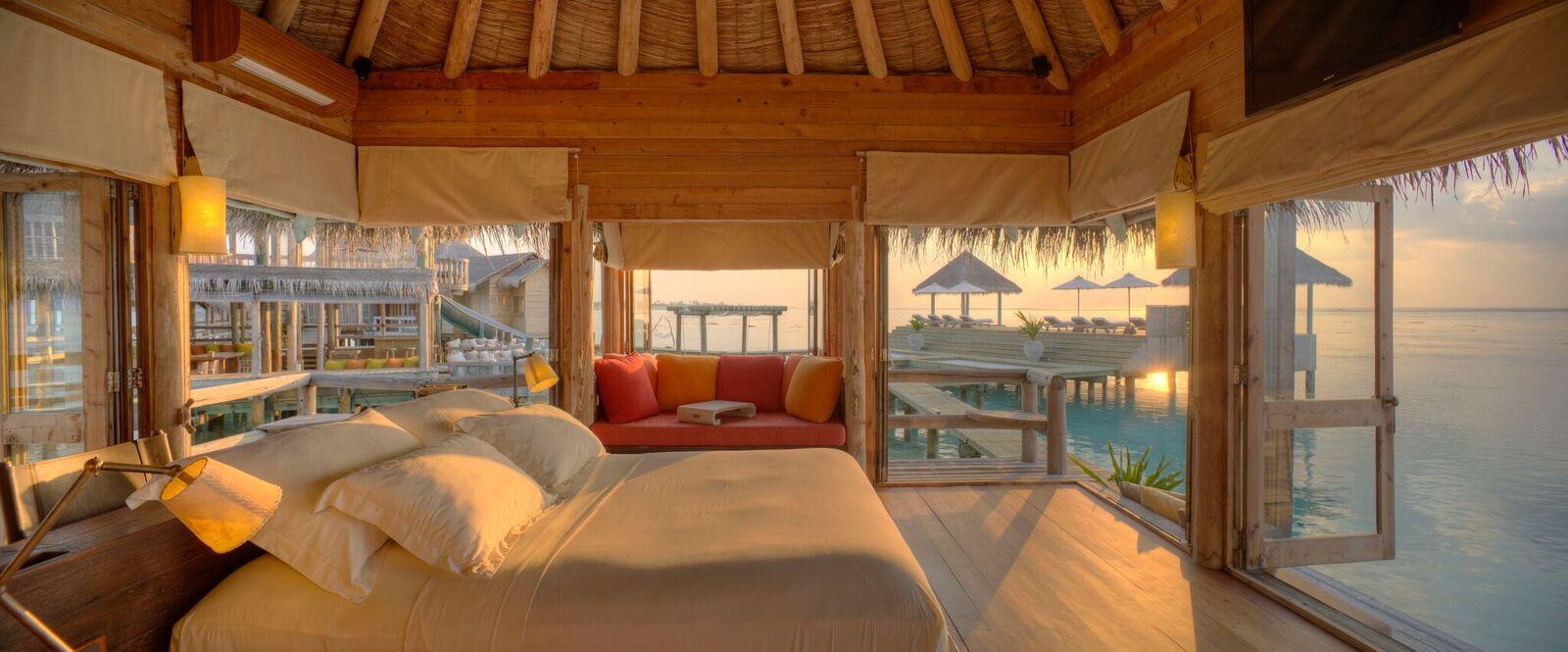 Private Reserve Master Suite Bedroom at Sunsrise