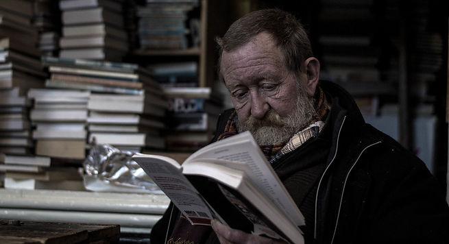 man-book-read-person-reading-portrait-12