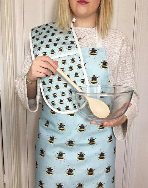 Splatter Pattern Bee Oven Gloves