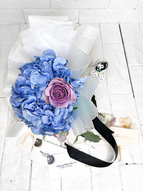 The Hello Bouquet