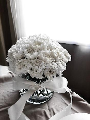 elegant-vase-arrangement-singapore