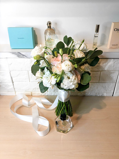 The White Bridal Bouquet with Subtle Peach/Pink tones
