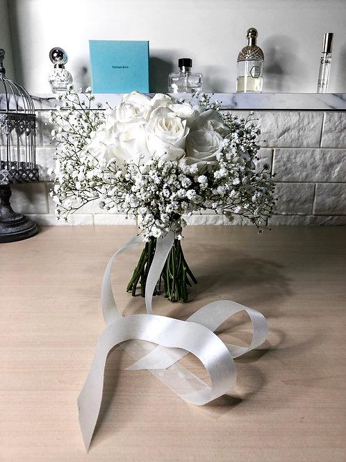 Rom Solemnisation Bouquet White Rose Baby's Breath