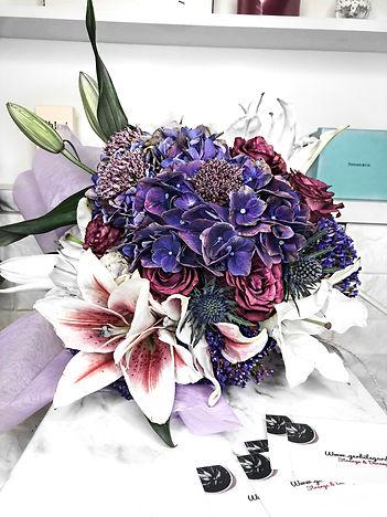 hydrangea-lily-bouquet-wrapper-singapore