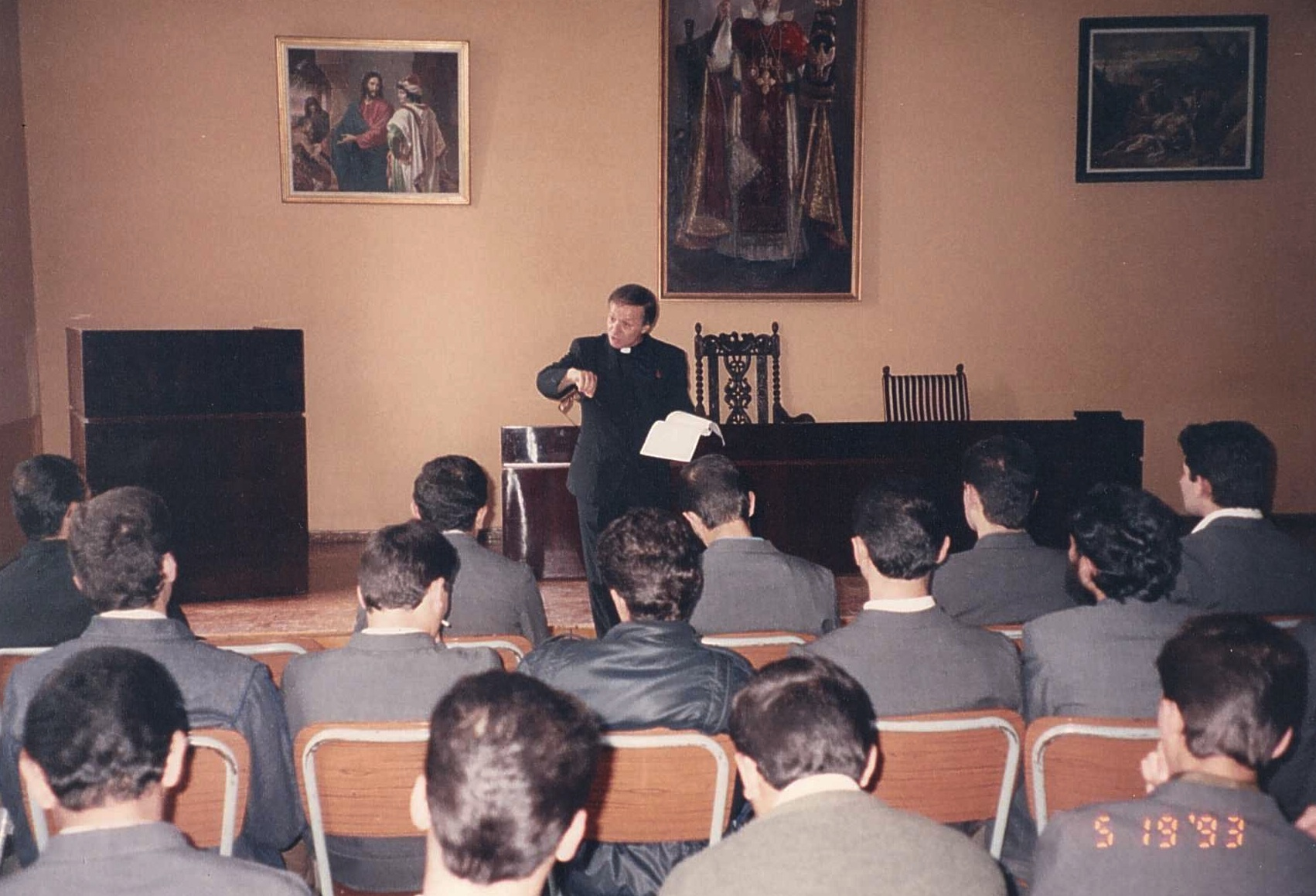 Lecturing at the Echmiadzin seminary.jpg