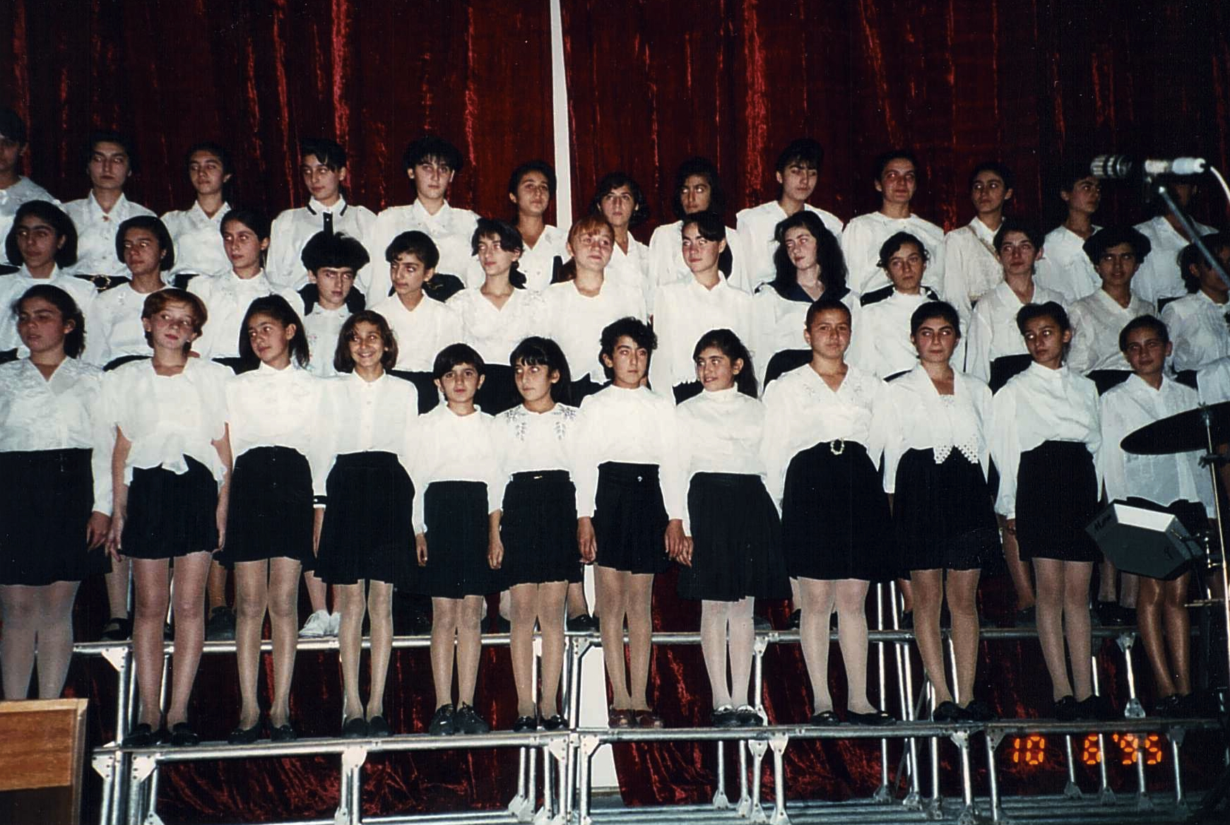 Childrens Choir in Yerevan.jpg