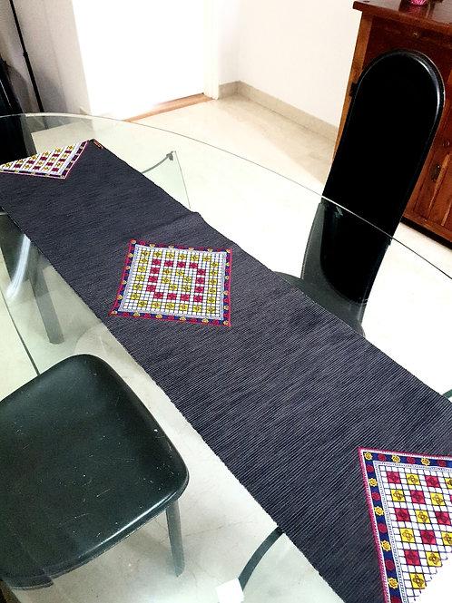 Ankara Diamond Runner & Cutlery Pouch (4) Set