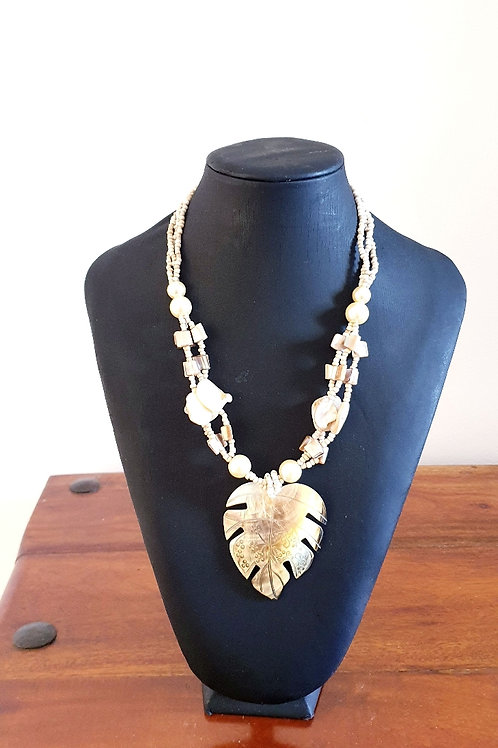 Coconut Sheet Chunky Necklace
