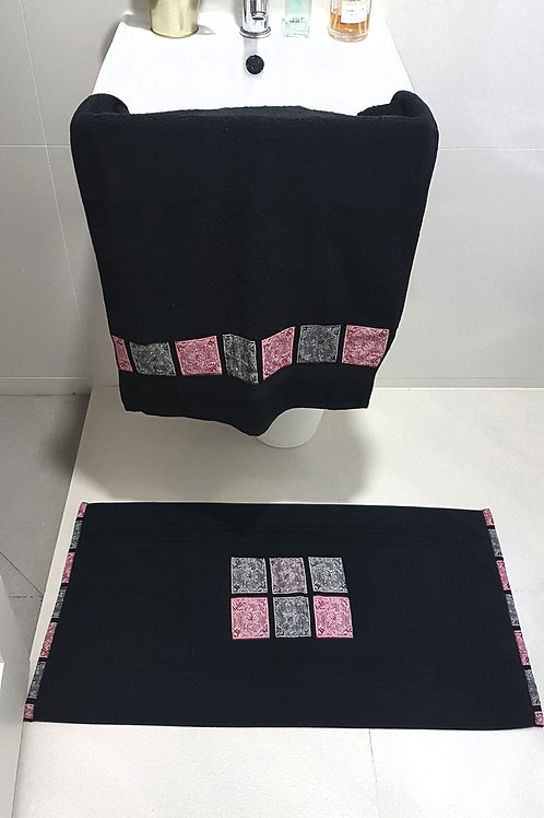 Black Squares Bath mat set