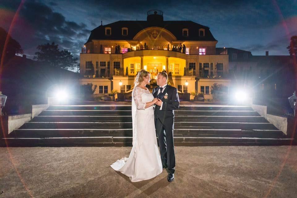 Hochzeit Schloss Teutschenthal - Brautpaar - Ralph Lobstädt - DJ René Baatzsch
