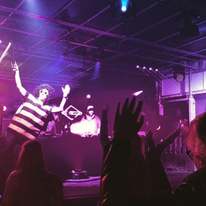 Die Partyhummel am feiern | DJ René Leipzig