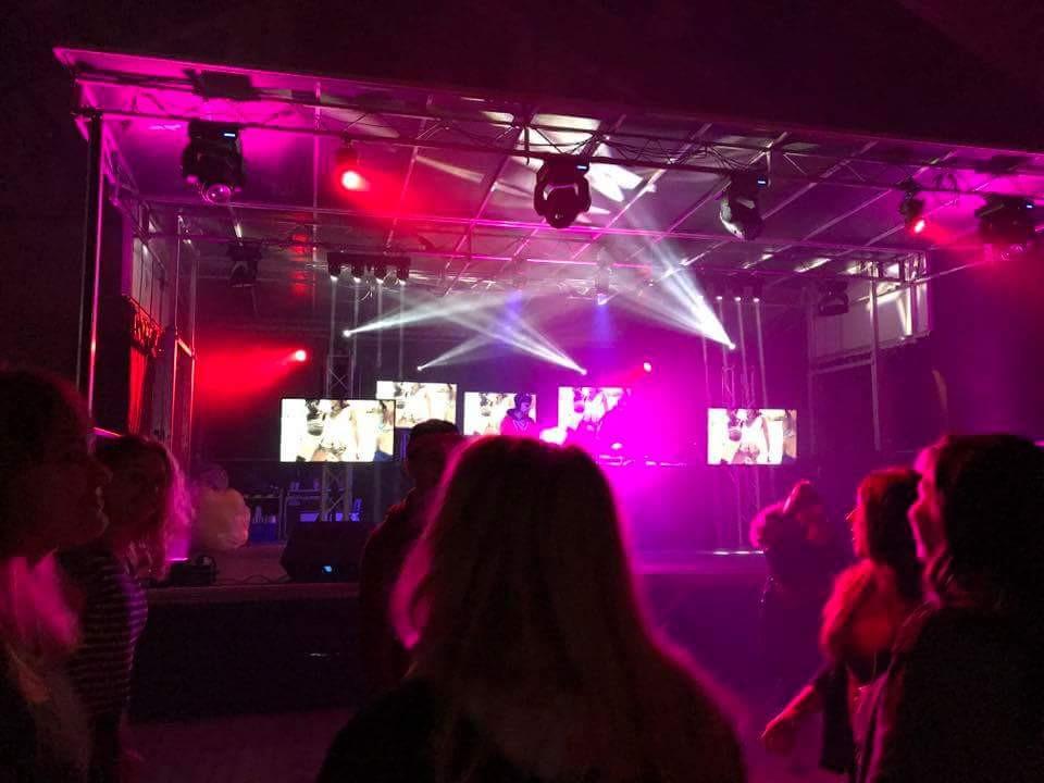 Bühne für die Osterparty 2017 im Landgasthof Gut Graßdorf | DJ René Mätzold