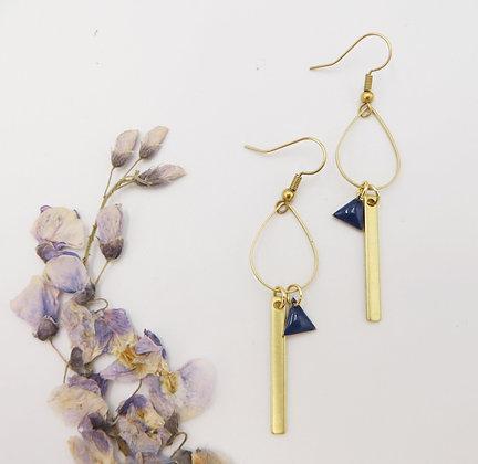 Boucles d'oreilles dorées - émail bleu marine