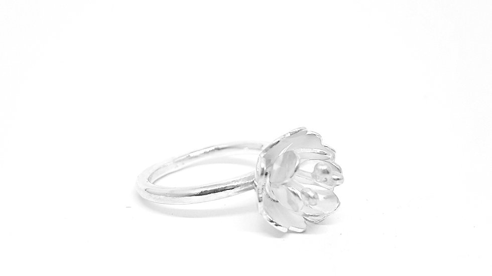 Fusion floral ring
