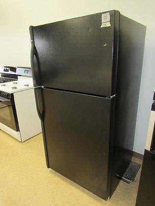 Pre-Owned Kenmore 21 cu. ft. Top Freezer Refrigerator