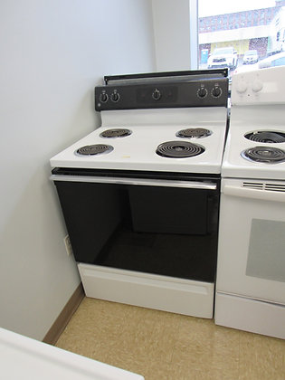 "Pre-Owned GE 30""W Electric Range"