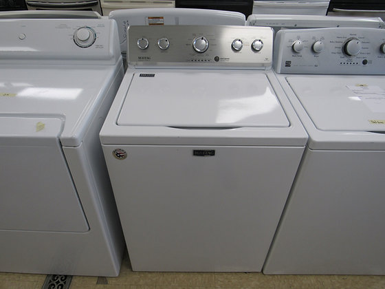 Pre-Owned Maytag Top Load Washer - White