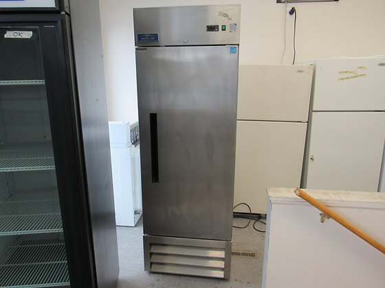 Pre-Owned Arctic Air Refrigerator
