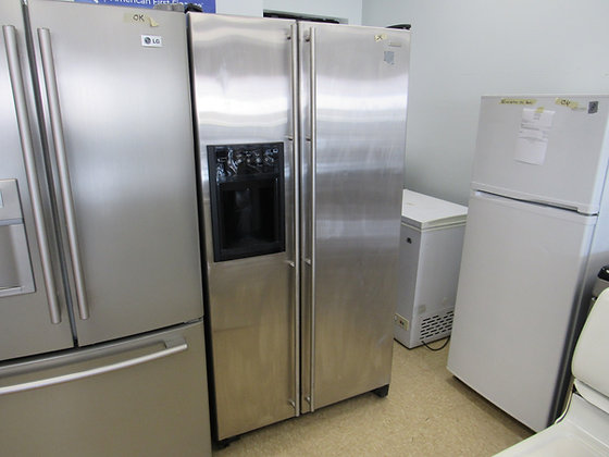Pre-Owned Jenn Air 22 cu. ft. Side-by-Side Refrigerator