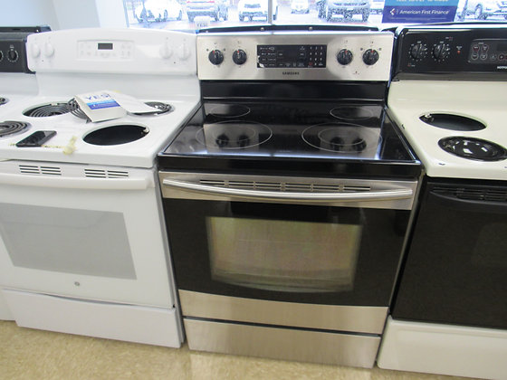 """Pre-Owned Samsung 30""""W Electric Range"""