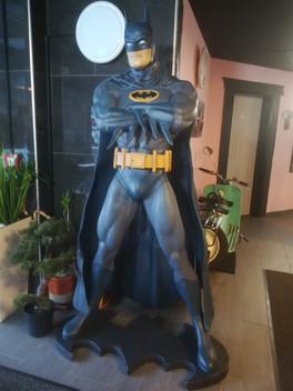 Batman_Life_Size_Lebensgroß_muckle.jpg