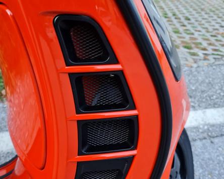 GTS 300 Tuning Orange Tuning Black Kit Polini Zelioni Rizoma Scooter Center Egger (17).JPG