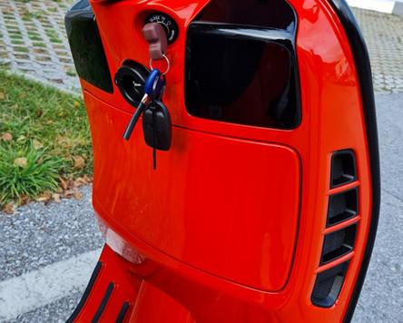GTS 300 Tuning Orange Tuning Black Kit Polini Zelioni Rizoma Scooter Center Egger (16).JPG
