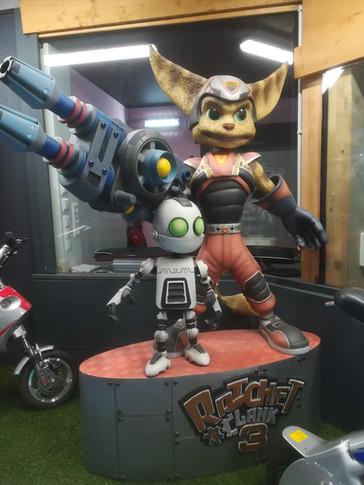 Ratchet und Clank  Figur Life Size.jpg