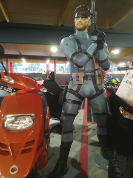 Metal Gear Solid  Figur Life Size.jpg