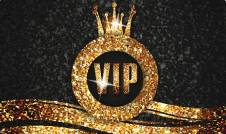 Luxury-VIP-gold-cards-vector-material-01