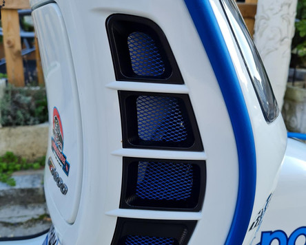 Vespa GTS 300 Super Sport Weiß Blau matt Polini Design Scooter Center Egger Mils (6).JPG