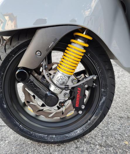 Vespa GTS 125ccm Supertech 13 Zoll SIP Pordoi Felgen Tuning Scooter Center Egger Mils (5).