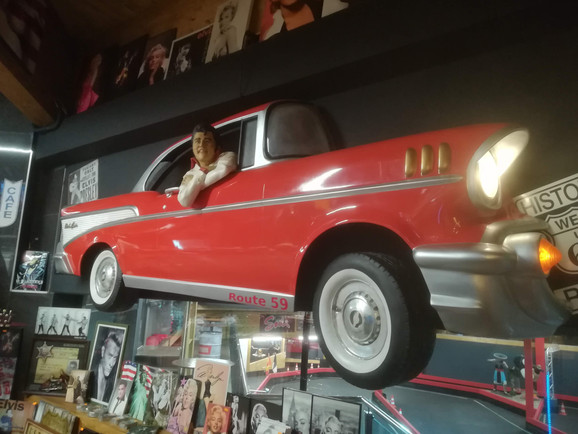 Elvis Life Size Chevrolet Bel Air.jpg