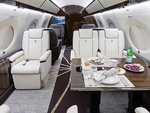 Gulfstream-G650 Orange Jets interior.jpg