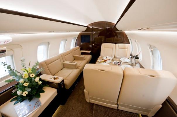 Challenger-605-interior-2-OrangeJets.jpg