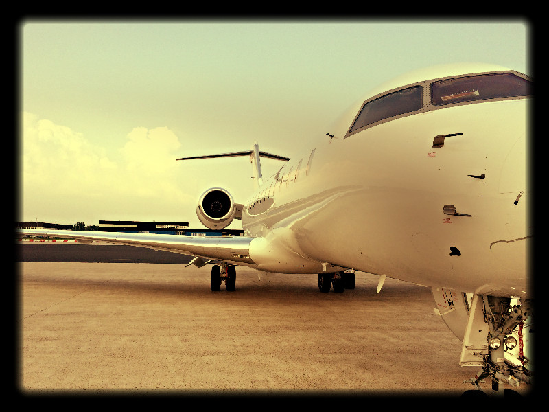 Prive Jet Rotterdam Airport Orange Jets Global Express
