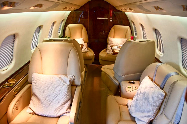 LEAR60 Orange Jets