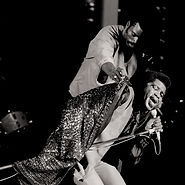 Cover James Brown Live At Home With His