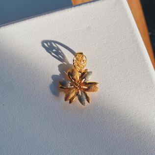 916 Gold Hibiscus Pendant