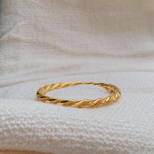 916 Gold Rope Bangle