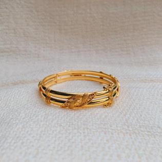 916 Gold Leaf Bangle