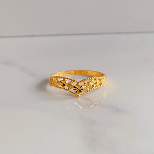 916 Gold Eternal Hearts Ring