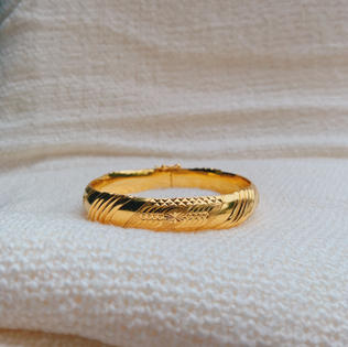 916 Gold Line Bangle(sold out)